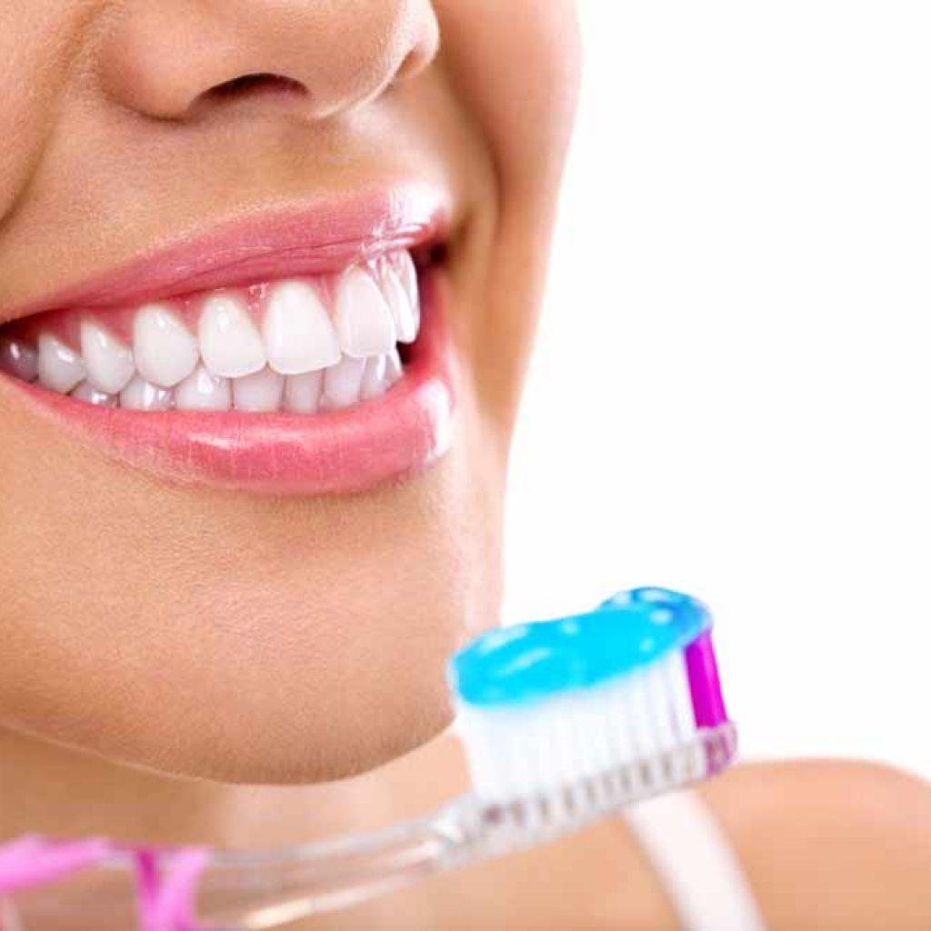צחצוח שיניים נכון