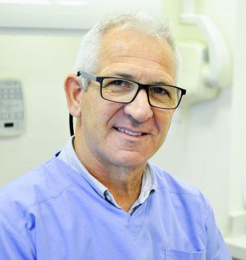 """ד""""ר אריאל רטיק מרפאת אבי בביוב"""